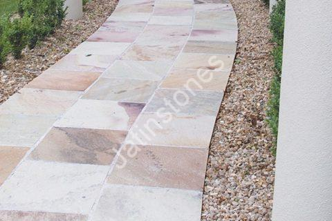 ADVANTAGES OF SANDSTONE FLOORING